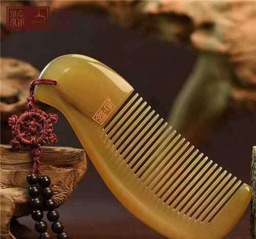 为什么谭木匠不能乱送 梳子一定不要乱送人后果难以想象情侣送梳子的禁忌为什么会分手