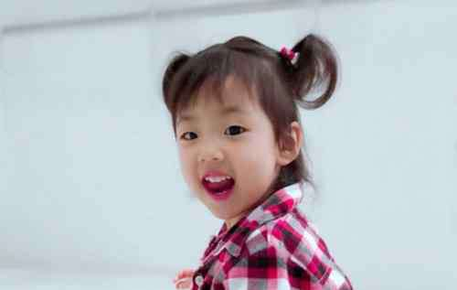 小女孩短发怎么扎 3一5岁小女孩留短发该怎么扎 简单扎发教程挑逗女童爱美之心