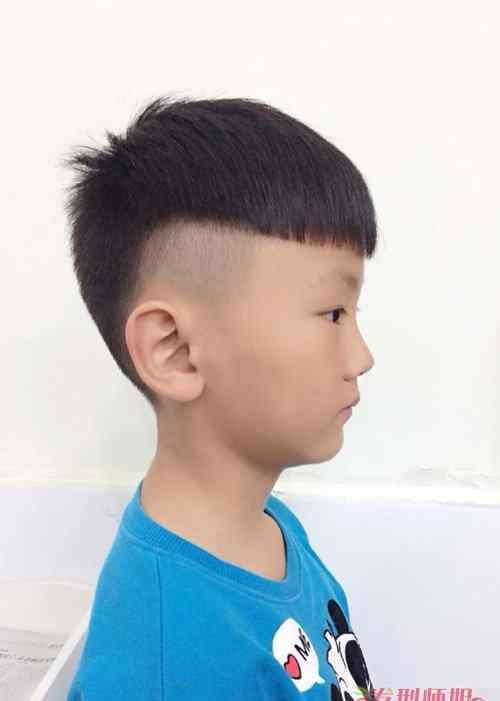 小孩发型图片男短发酷 小男孩短发酷发型图片大集合 修剪男童调皮可爱短头发造型系