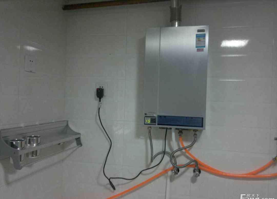 煤气热水器尺寸 一家四口用多大的燃气热水器 四口之家选择什么样的燃气热水器呢