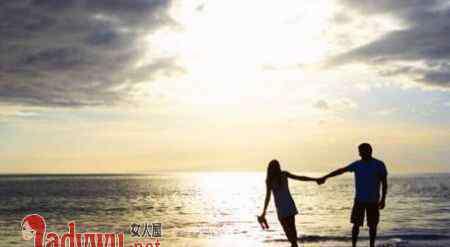 爱一个人的表现 女生真正爱一个人的表现 女生爱你的三个重要表现