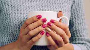 指甲款式图片 简单指甲油图案自己怎么涂