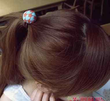 不用皮筋怎么扎头发 怎么不用皮筋扎头发 好看的无皮筋扎头方式