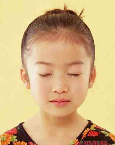 宝宝方头颅图片 现场学梳儿童头 现在最流行的宝宝头型图片