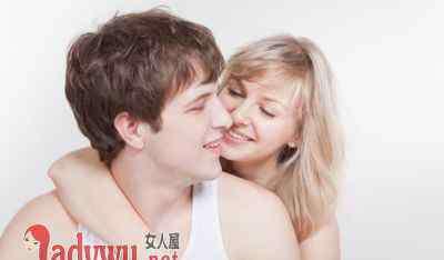 当男人恋爱的时候 恋爱中的男人是什么样 男人恋爱的时候是怎样的