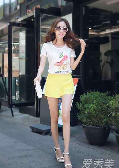 糖果色短裤 糖果色热裤搭配 夏季更爱甜美风