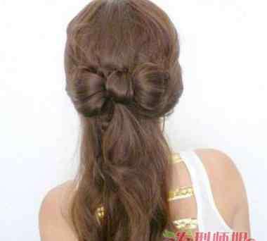 蝴蝶结发型怎么扎 大蝴蝶结发型怎么扎发好看 蝴蝶结发型的扎发