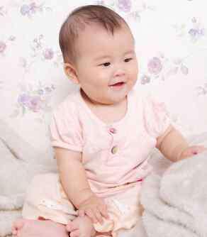 宝宝嘴巴溃疡怎么办小妙招 宝宝口腔溃疡怎么办 宝宝口腔溃疡护理方法