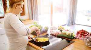 早孕见红和月经的区别 怀孕见红跟月经的区别