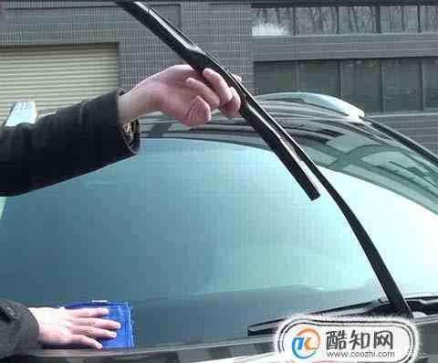 汽车雨刮器 汽车雨刮器拆卸安装方式