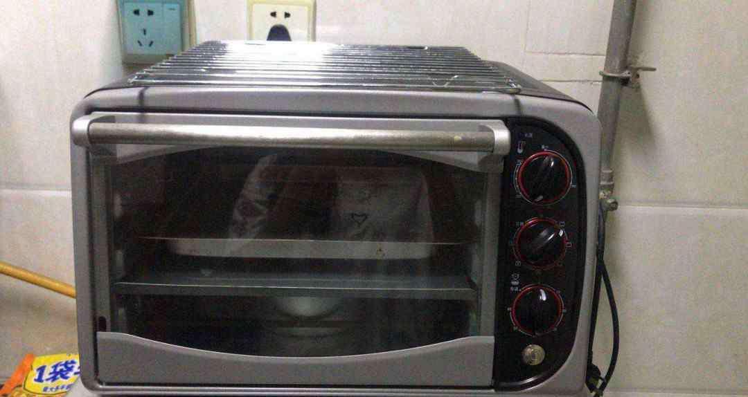 烤箱清洗 烤箱怎么清洗老污垢 会很麻烦吗