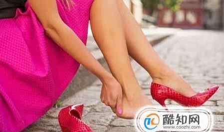 小脚趾外侧长茧子很疼 小脚趾外侧长硬茧走路痛怎么办去除