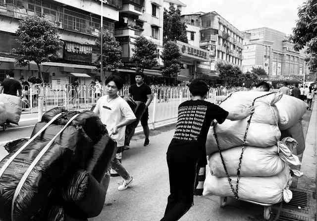 服装批发qq 创业做服装,教你如何在广州沙河批发市场拿货!