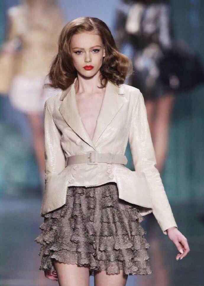 超短裙搭配 长裙短裙都不如我的超短裙,怎么搭配都好好看哟
