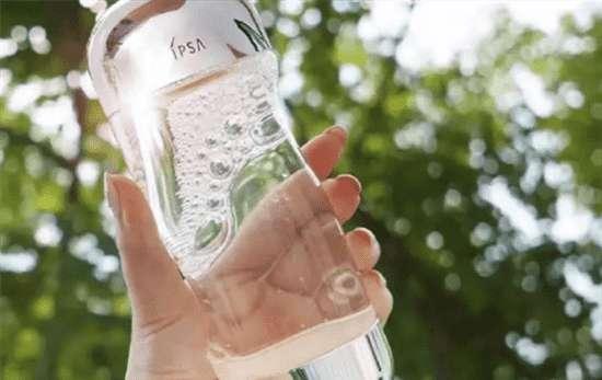 流金 IPSA流金水去闭口粉刺 岁月流金美肤水的真实功效大揭秘