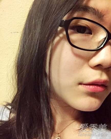 崔永元女儿 崔永元18岁女儿近照 皮肤白漂亮