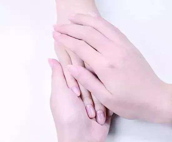手膜怎么做步骤 手部护理步骤 秋冬怎么做手部护理?