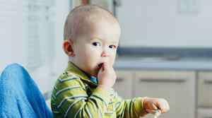 婴儿红疹 宝宝长红疹什么原因