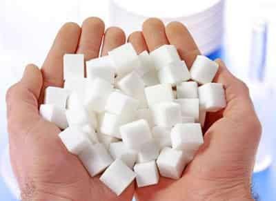 白糖洗脸的功效与作用 白糖洗脸有什么好处 温和去角质淡化痘印