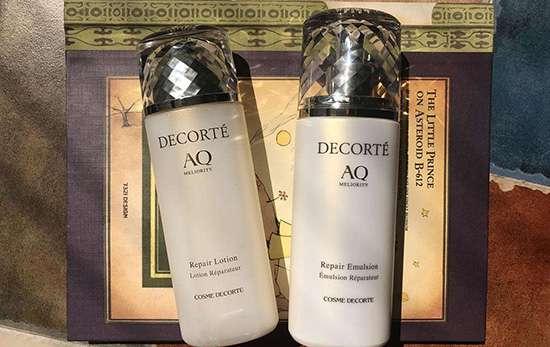 爽肤水和水乳的水区别 化妆水和水乳中的水是一样的吗 爽肤水和乳液的区别