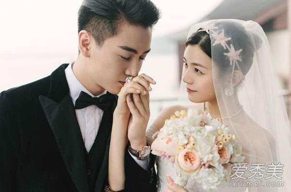陈妍希伴娘团 陈妍希婚礼伴娘团颜值逆天 不过阿娇的小粗腿又亮了!