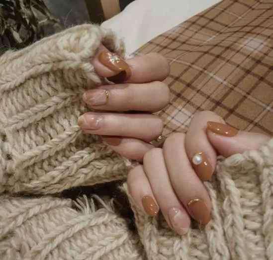 显手白的美甲图片 显手白的美甲图片 美白到你的手指尖