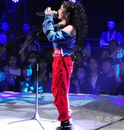 宋岳庭阿姨 中国有嘻哈VAVA翻唱谁的歌