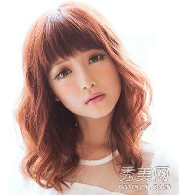 圆脸烫发发型图片 6款适合圆脸的中卷发发型图片
