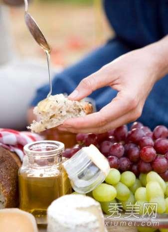 蜂蜜减肥吧 8大蜂蜜减肥法 让你轻松瘦20斤
