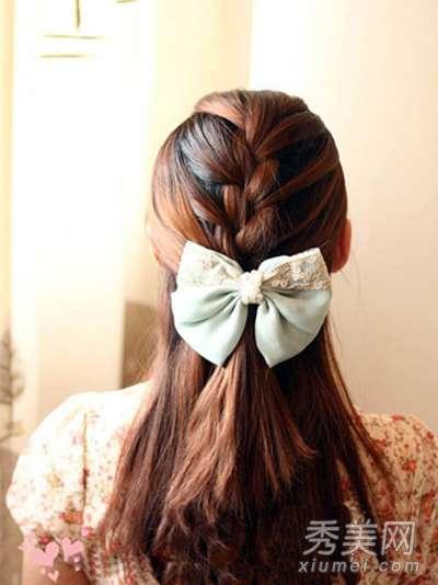 韩式麻花辫发型扎法 韩式麻花辫半扎发教程 中长发女生必备