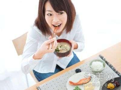减肥餐单 一周减肥餐单 去水肿7天速瘦10斤