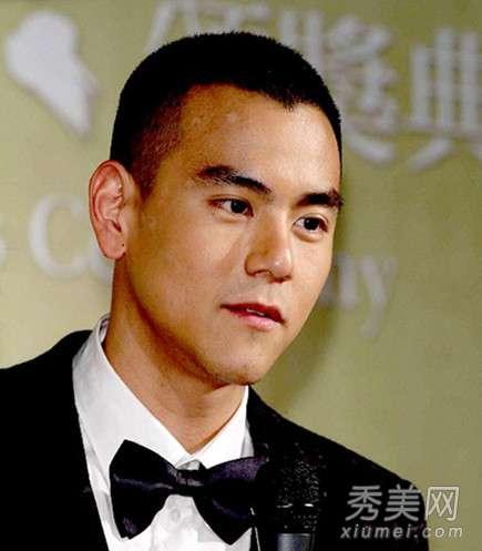 黄晓明的发型 黄晓明彭于晏示范 型男范板寸头发型