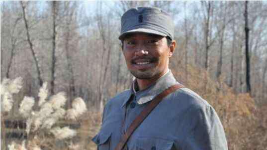 演员孙逊 演员孙逊个人资料及出道经历 曾出演《我是特种兵》中的秃鹫走红