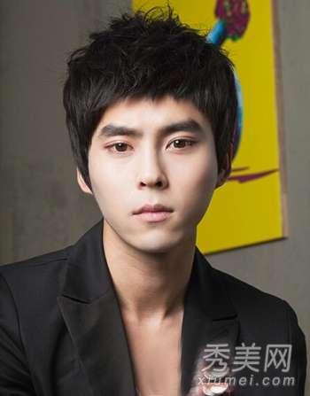 韩国男士发型 流行韩国男生发型 时尚帅气值得借鉴