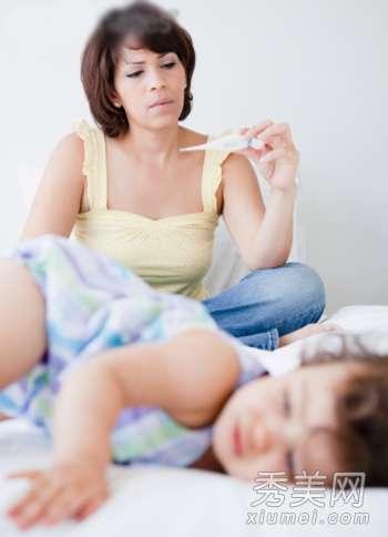 婴儿急疹和发烧的区别 宝宝突然高烧 幼儿急疹这样护理