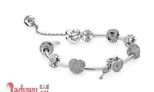 潘多拉的手链 潘多拉手链的价格介绍 女生最爱的手链品牌绝对惊喜