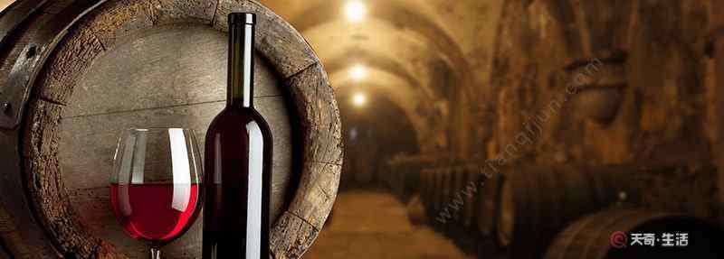 没有开瓶器怎样开红酒 没有开瓶器怎么开红酒 无工具开葡萄酒的方法
