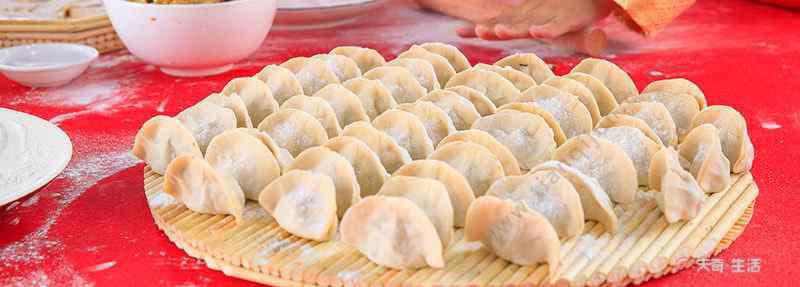南方人过年吃什么 春节一般吃什么食物 过年一般吃什么