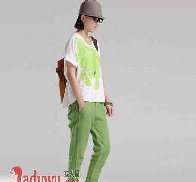 学生服装 潮流女学生衣服搭配 教你怎样搭配衣服清新有朝气