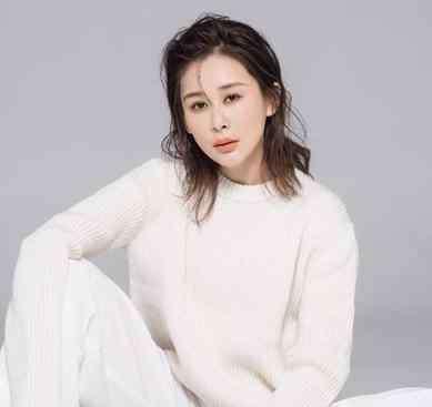 靳东个人资料妻子李佳 演员周扬个人资料简介真实颜值照片,靳东第一任老婆周扬分手真相