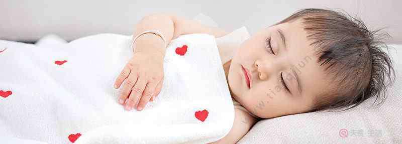 深度睡眠和浅度睡眠的区别 深睡和浅睡的区别 睡觉深和浅哪个好