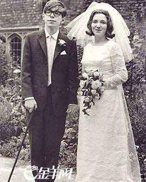 霍金妻子 霍金未得病前的照片霍金是怎么死的霍金为什么和妻子离婚