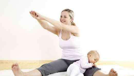 哺乳期胸部有硬块疼痛怎么办 哺乳期乳房有硬块该怎么办