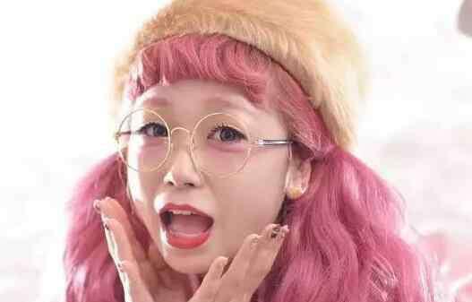 粉色头发 粉色头发可以改什么色