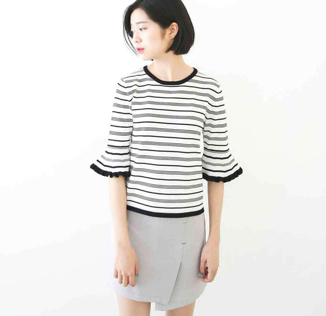 如何搭配服装更时尚 黑白条纹衣服怎么搭配 更具时尚感