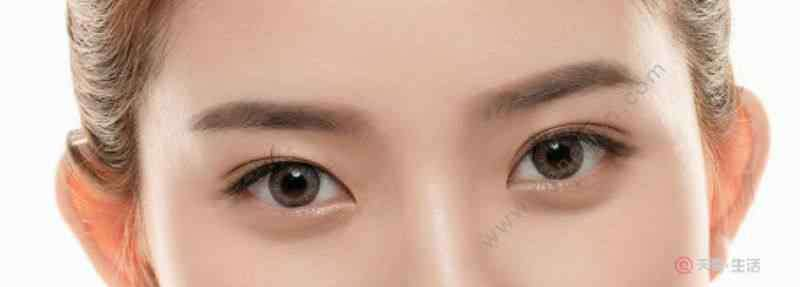 眼霜可以涂全脸吗 眼霜涂脸会怎样 眼霜的挑选方式