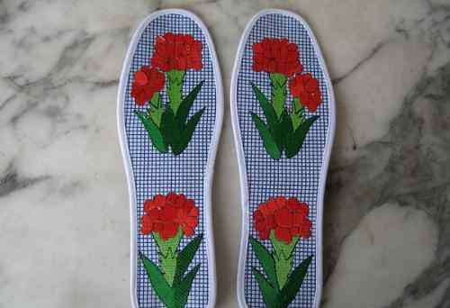 十字绣鞋垫花样图纸 十字绣鞋垫花样图纸十字绣鞋垫的图案