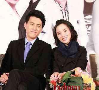 靳东结婚照 李佳靳东什么时候结婚的 扒一扒靳东是山东哪里人