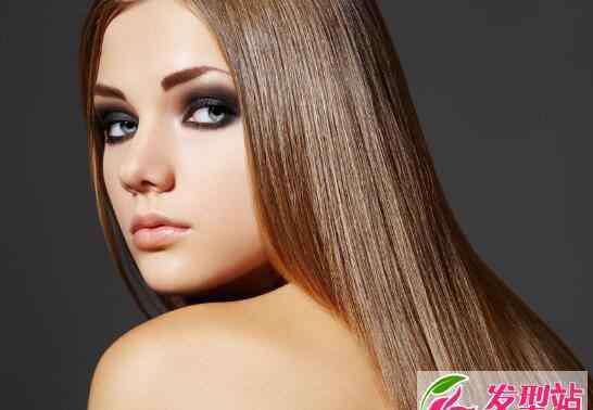 洗头的时候掉头发 洗头发掉头发怎么办 洗头发掉多少头发正常
