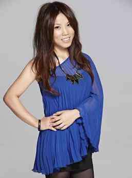 歌手李佳薇 李佳薇老公是谁 李佳薇个人资料简历和演唱的歌曲